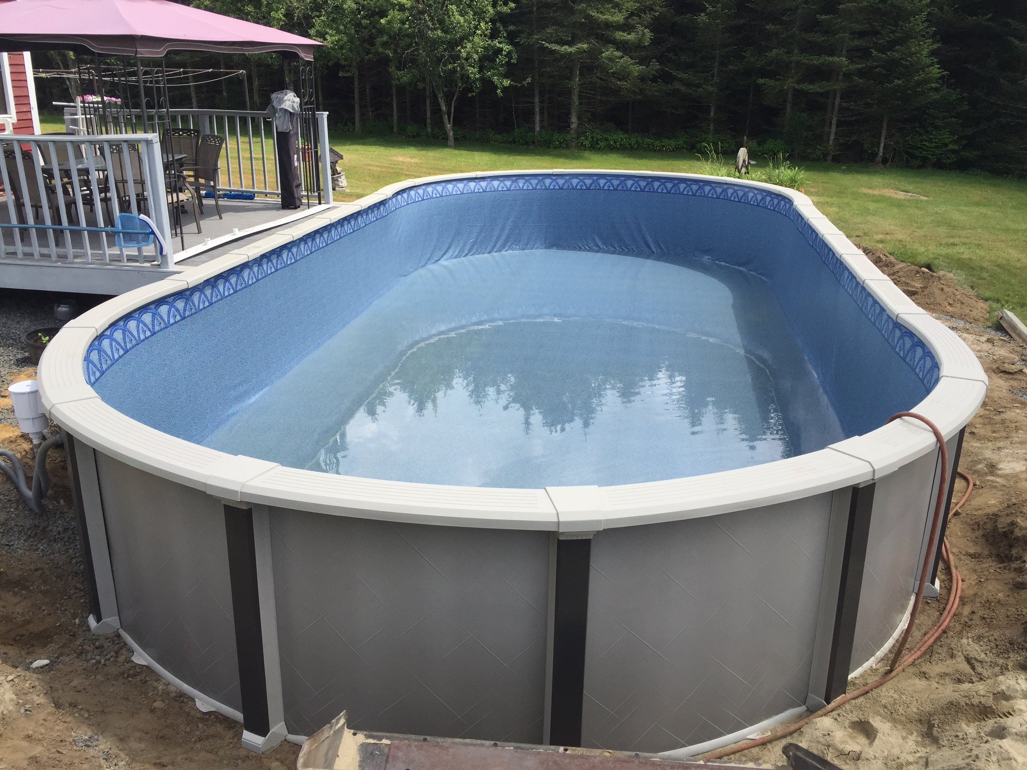 Swimming pool contractors ma ri aquarian pool spa for Pool vendors